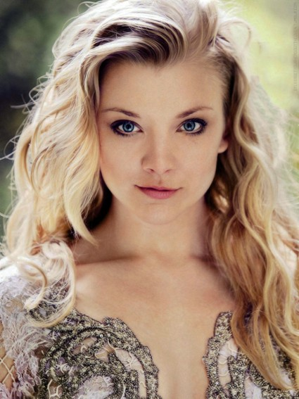 "5' 6"" English actress Natalie Dormer has a fairly asymmetrical face."