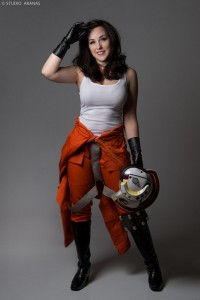 Cosplayer Missy as a Star Wars Rebel Alliance Pilot