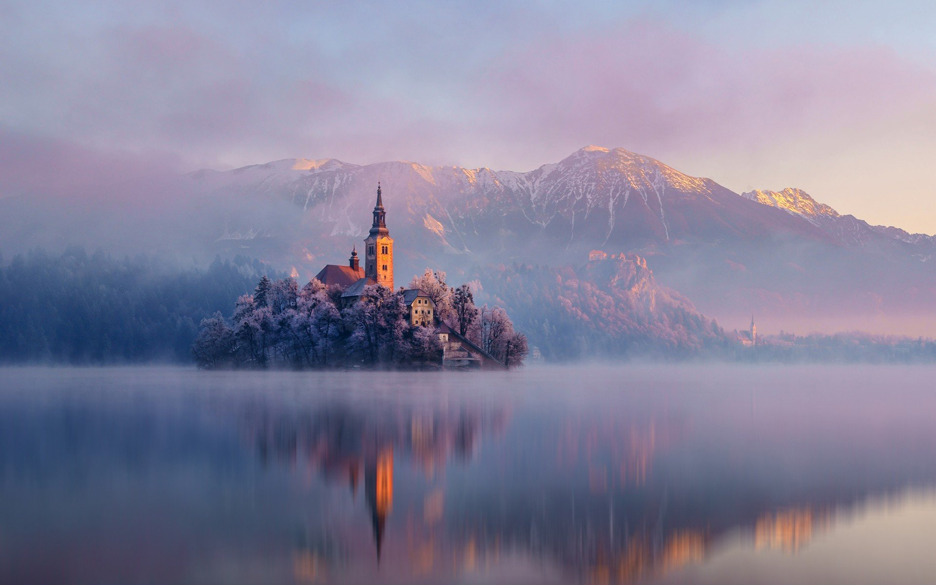 castles-lakes-landscapes-mountains-slovenia-bled