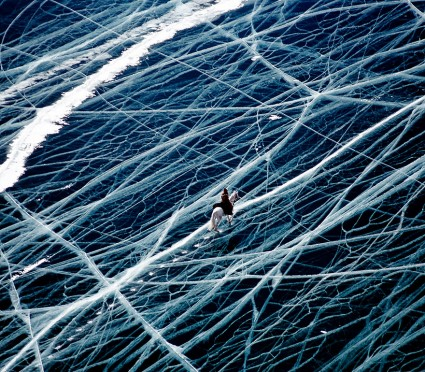 frozen-lake-pond-ice-11__880