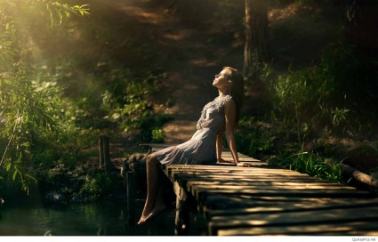 Alone-Girl-Photography-Lonely1