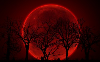 bloody_red_moon_by_sphicx-d4ldci4